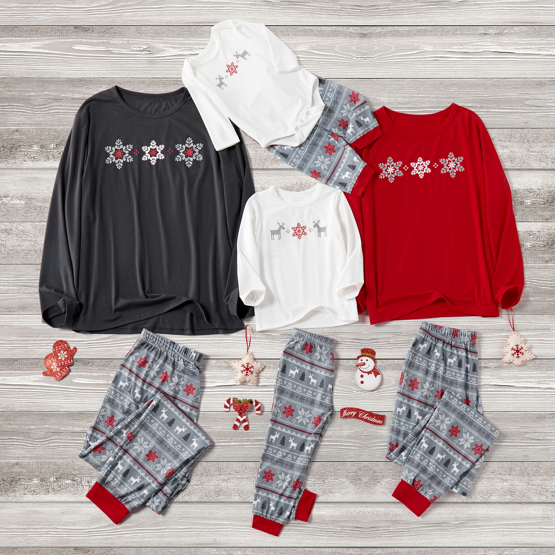 Family Matching Snowflake Top and Reindeer Patterned Pants Pajamas Set